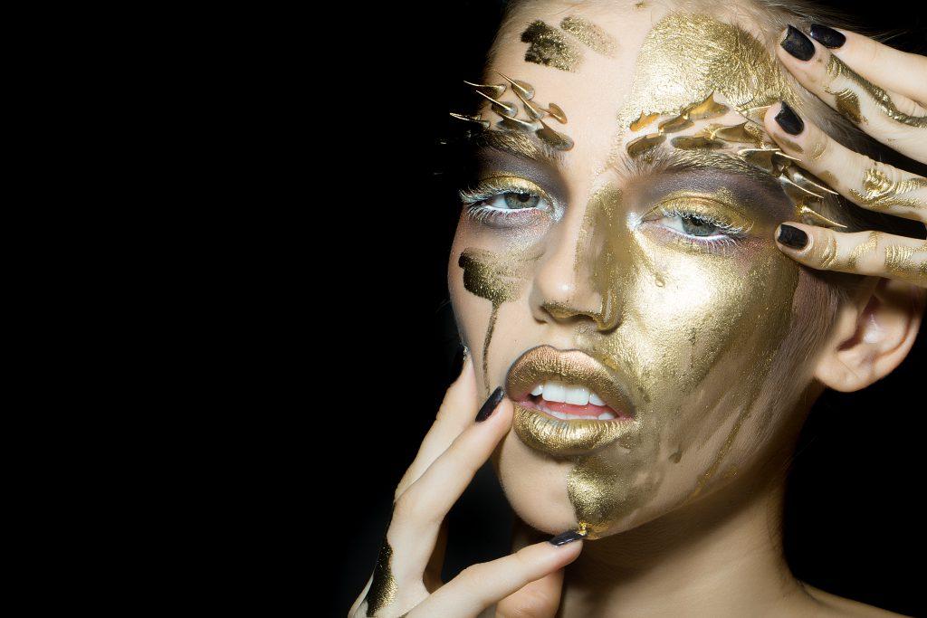 Sua face vale ouro - Juliana Burigo